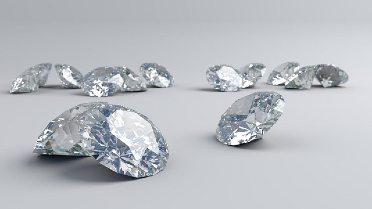 metà fuori a934d 368bf Prezzo e Valore dei Diamanti, Scopri la Quotazione di un ...